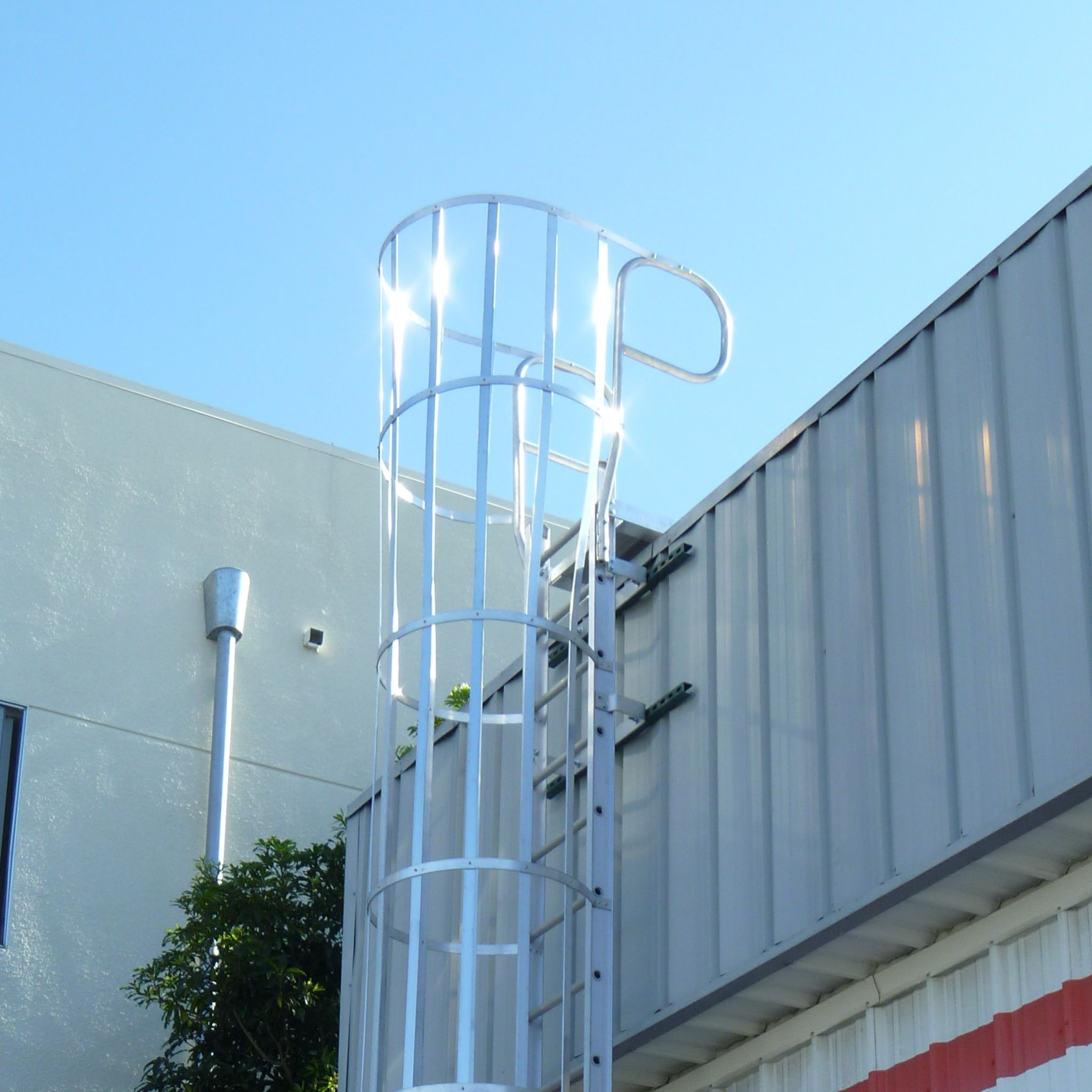 Home Page Industrial Ladder And Scaffolding Inc